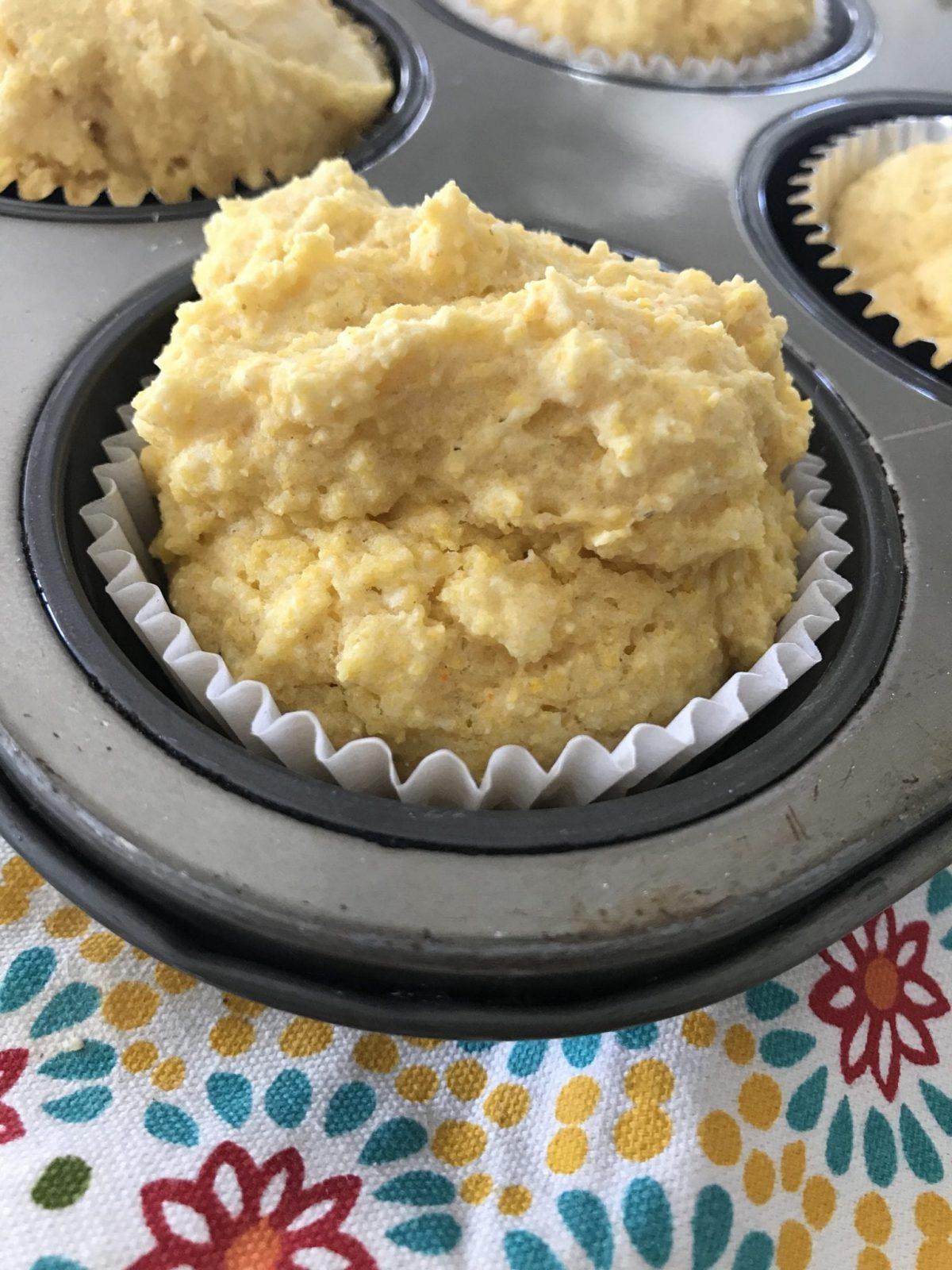 Vanilla Cornbread Muffins Pound Dropper