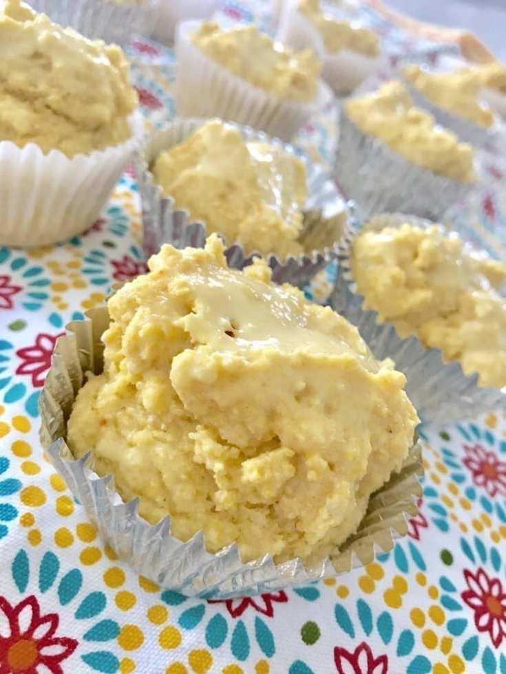 Vanilla Cornbread Muffins