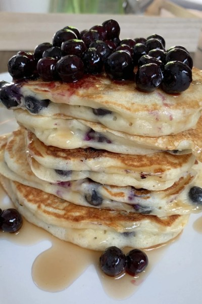 Best Fluffy Blueberry Lemon Pancakes