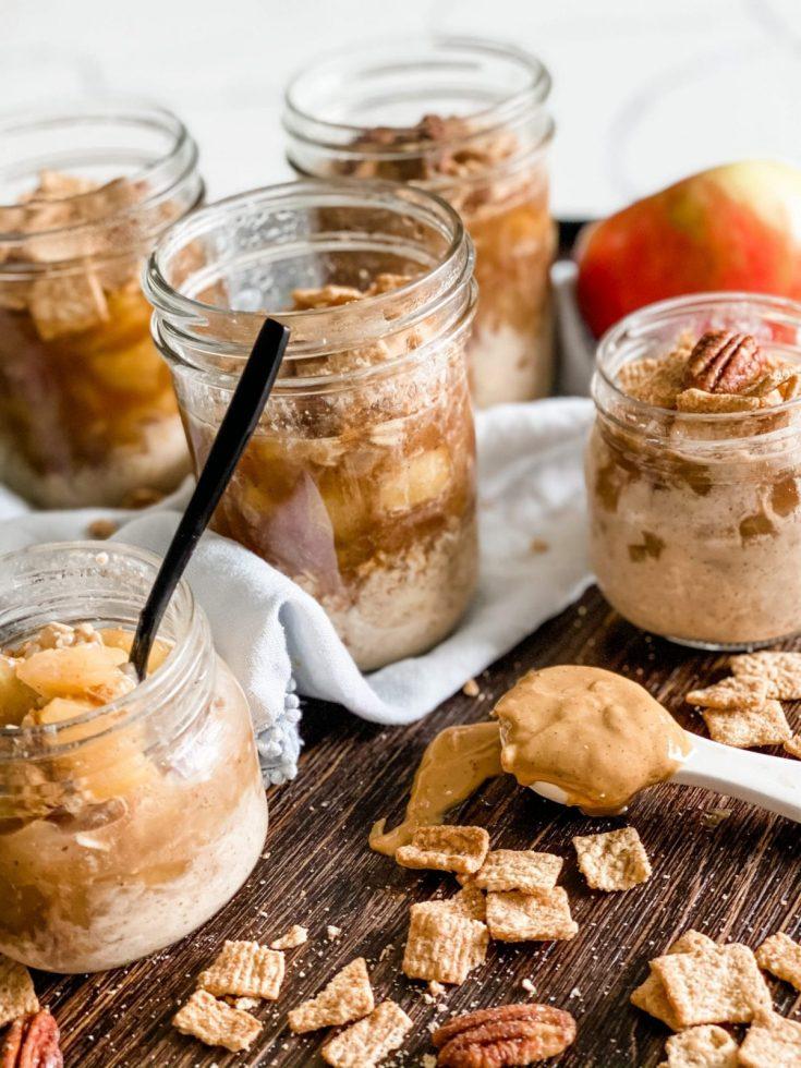 Easy Apple Pie Overnight Oats