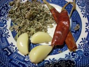 3 Simple Ingredients - Garlic, Mugwort and Chili Pepper