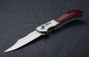 Drop Point Knife vs Clip Point Knife