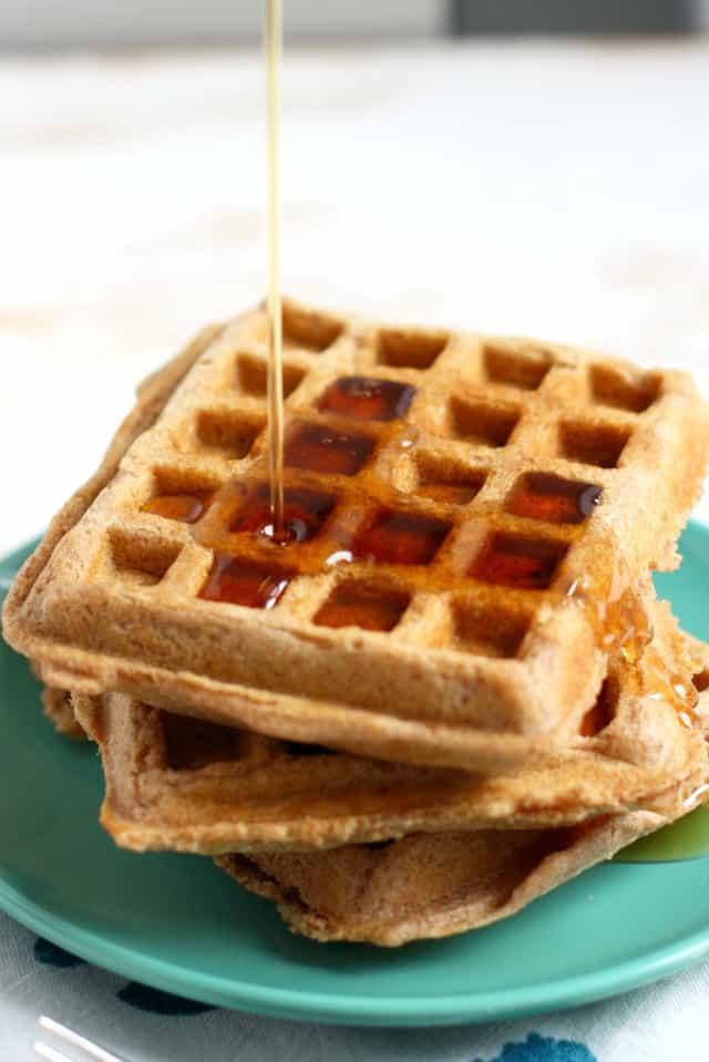 vegan spelt waffles