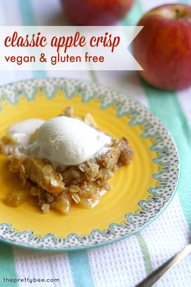 What to do with all those apples Make a simple, buttery apple crisp! #vegan and #glutenfree