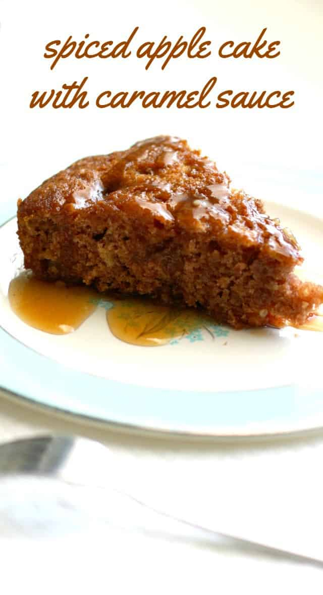 A very moist and flavorful apple cake topped with a creamy and delicious caramel sauce. The perfect dessert for autumn!