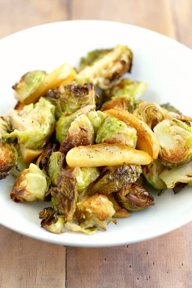 Delicious and hearty roasted brussels sprouts and apples. A simple, easy side dish that's great for Thanksgiving! Gluten free and grain free.