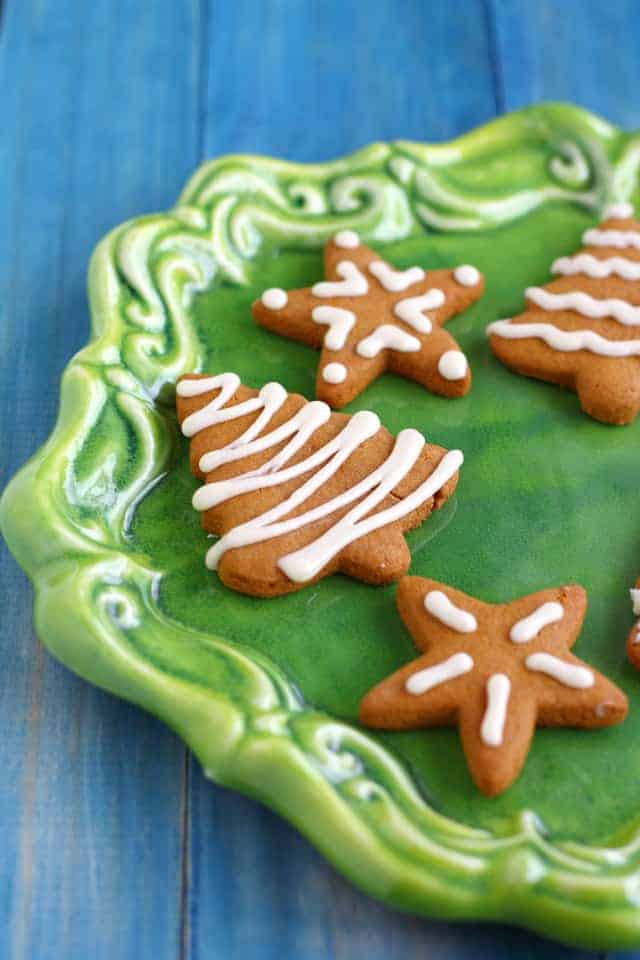 vegan and gluten free iced gingerbread cookie recipe