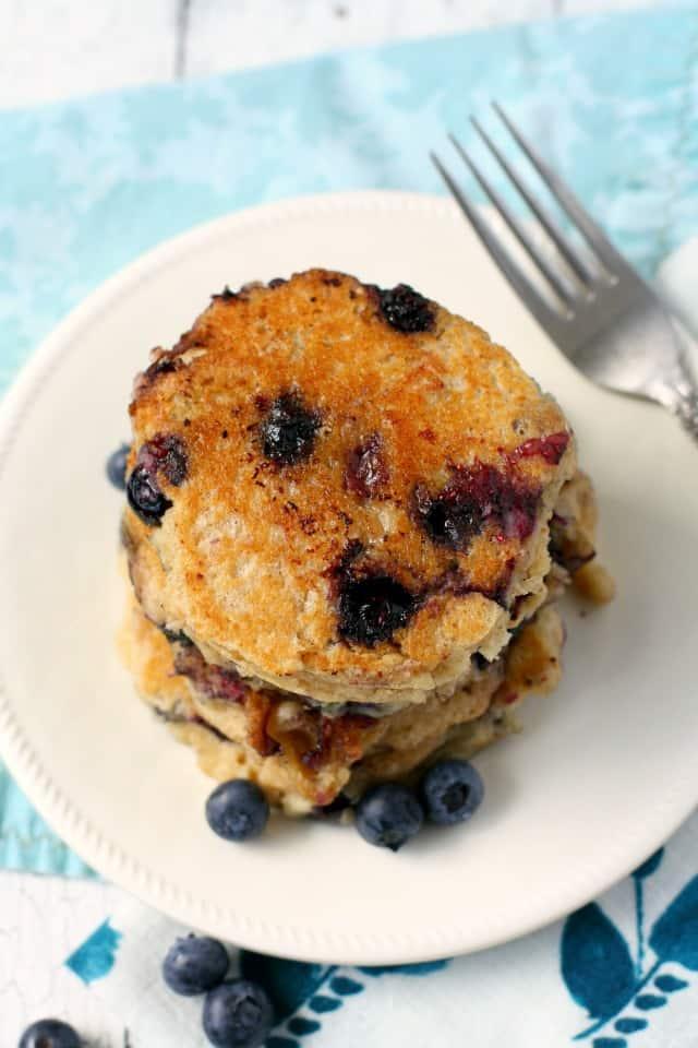 vegan blueberry oatmeal pancake recipe