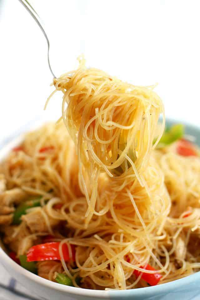 Super simple and super delicious teriyaki noodle recipe. Easy to make and fun to eat!