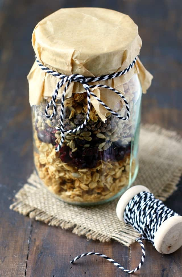 Make this easy and tasty granola to give as a gift or to enoy for yourself! The perfect healthy breakfast or snack.