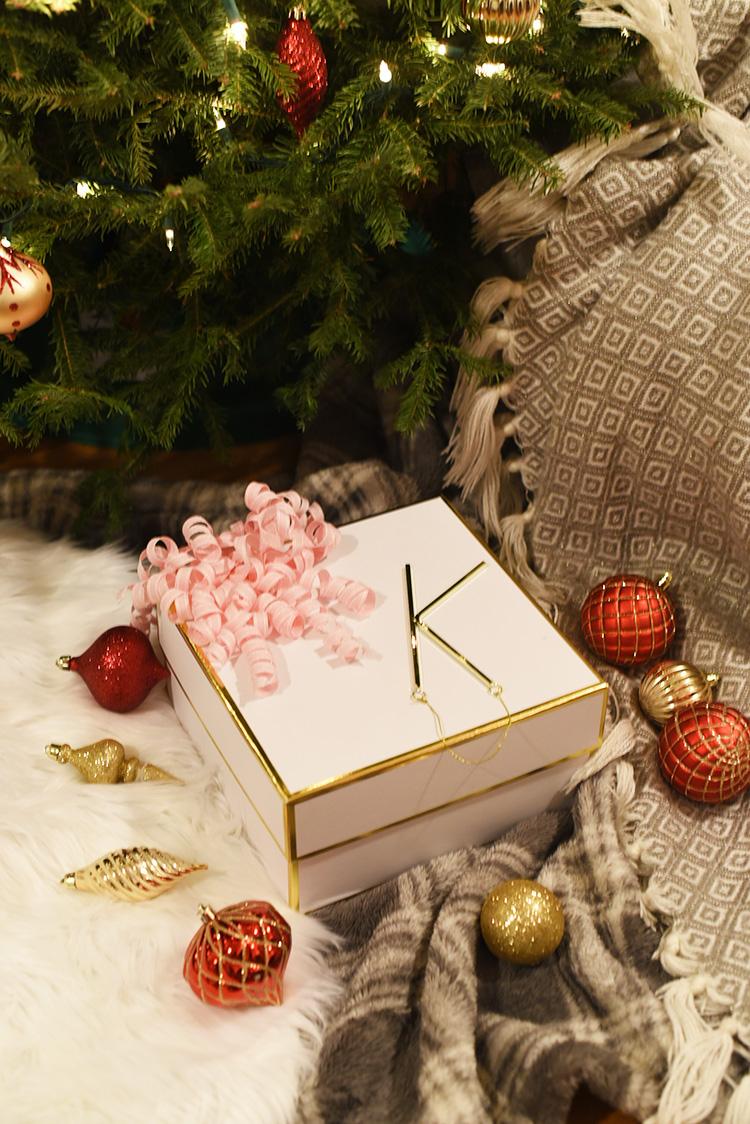 Blogger Secret Santa Reveal! - Pretty Little Hustler Blog