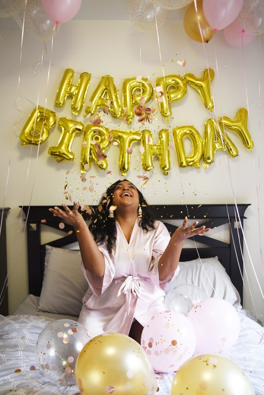 Blogger Birthday Balloons With Blog Post