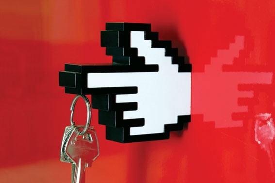 8-bit-key-holder-hanger-3_3