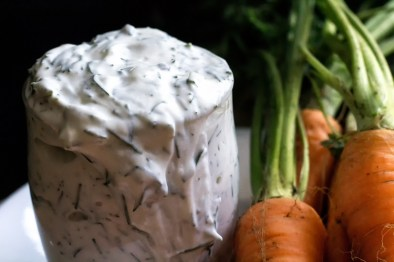 Paleo Yogurt Dill Dip - Looking for a tangy dip for all those fresh veggies harvested from the garden or bought from the market? Look no further than this paleo Yogurt Dill Dip. https://www.theprimaldesire.com/yogurt-dill-dip/