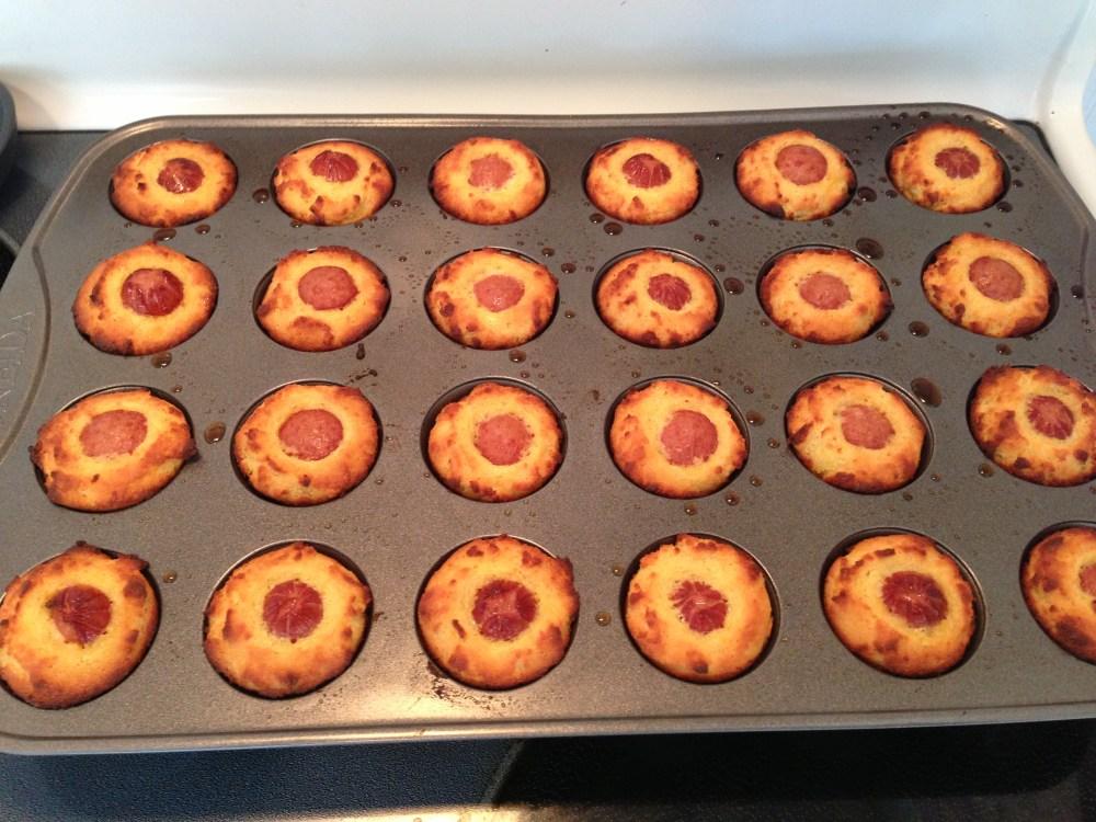 Kid-Friendly corn dog mini muffins (2/2)