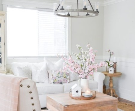 Easy & Pretty tour for Spring Simple Decor
