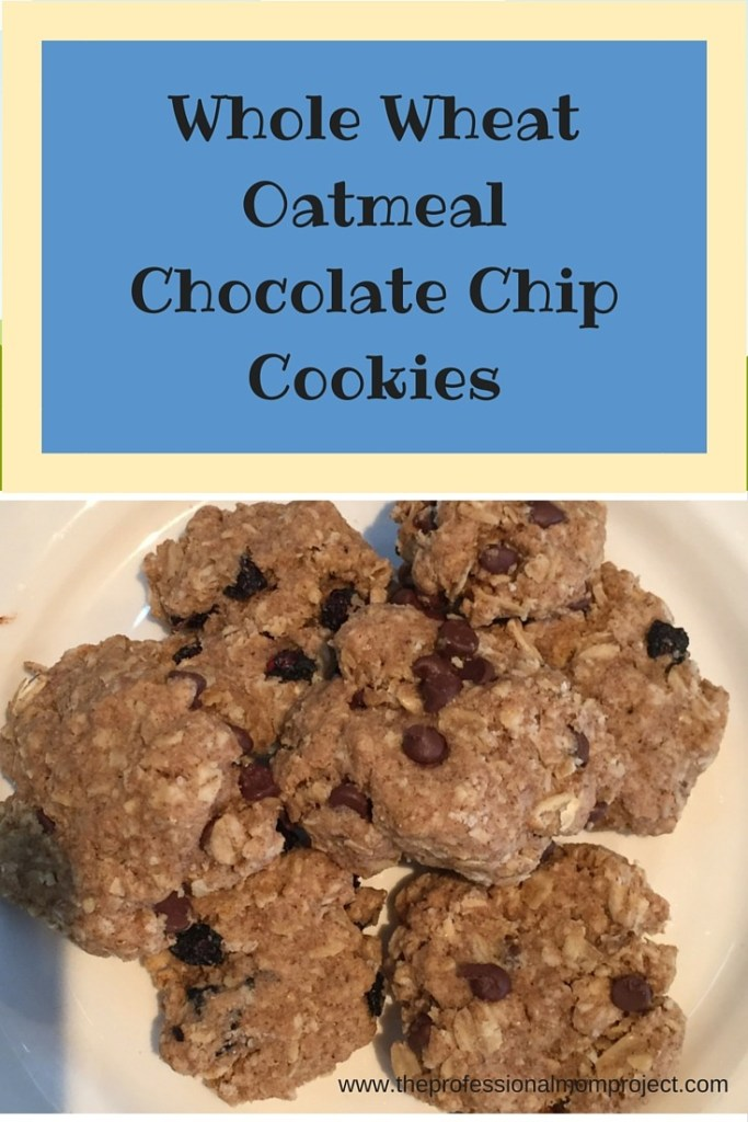 Whole wheat oatmeal chocolate chip cookie recipe from www.theprofessionalmomproject.com