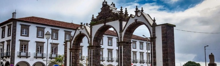 azores holiday ponta del gada gates