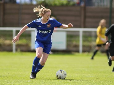 Female Sheffield FC player