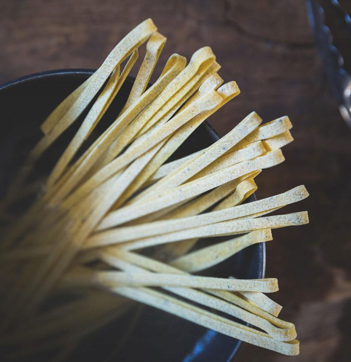 TruffleHunter Ταλιατέλες Μαύρης Τρούφας Black Truffle Tagliatelle Pasta 250g