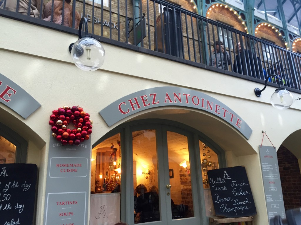 London at Christmastime - The Project Lifestyle