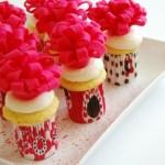 Tut Tuesday: Felt Flower Cupcake Toppers