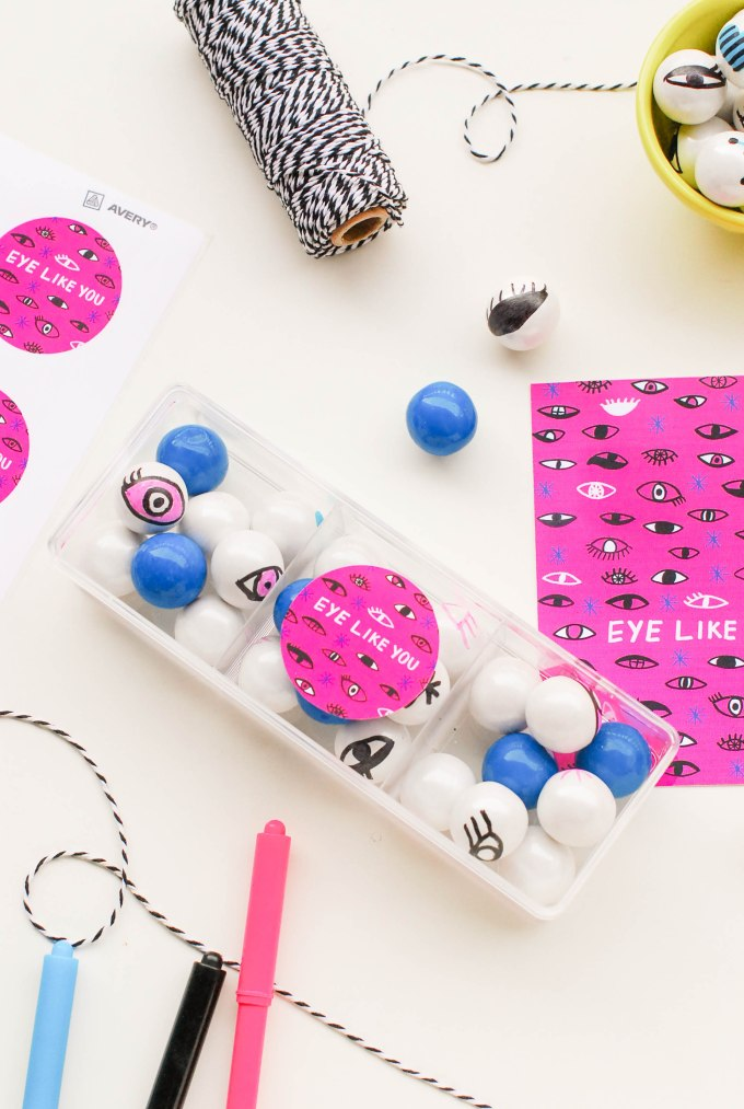 Printable valentines with DIY gumballs eyes