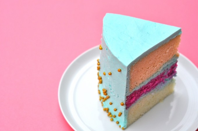 Taste It \\ Colorful Easter Cake