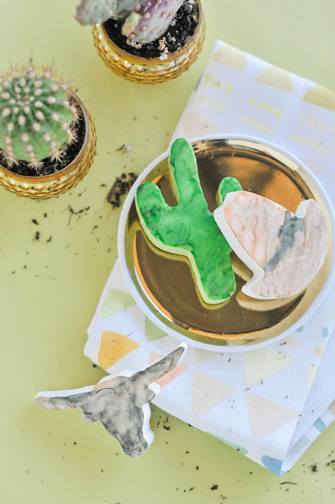 DIY Watercolor Desert Chocolates