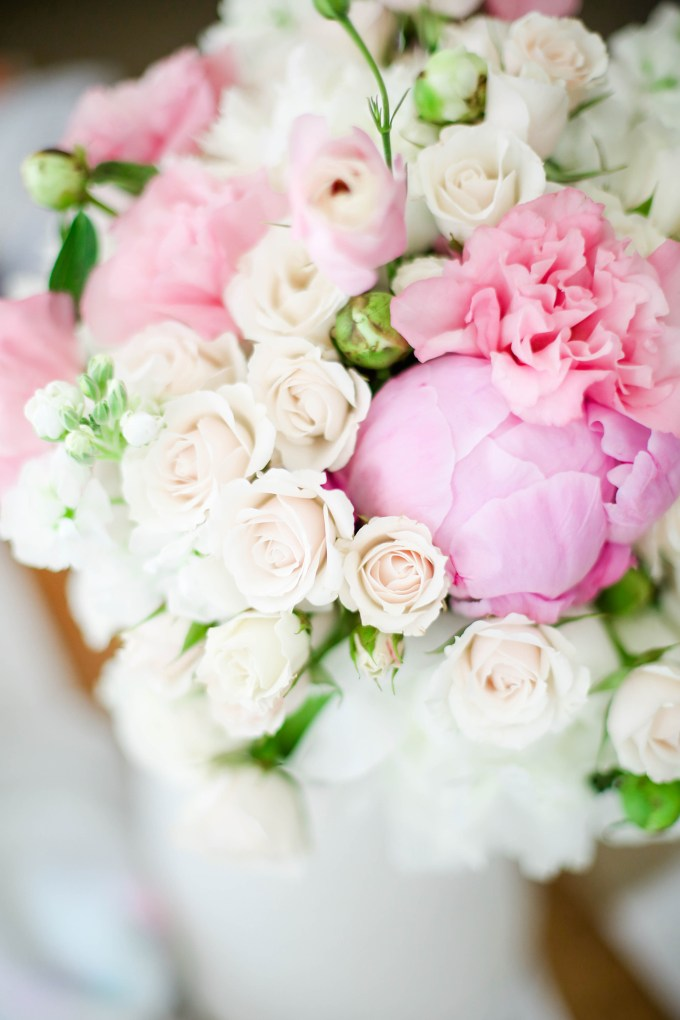 bridal bouquet by @theproperblog for Nicole's Classes