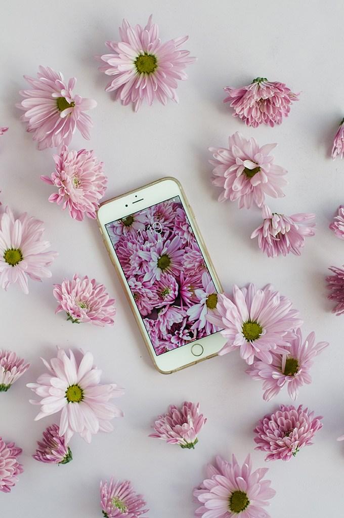 Purple Floral Wallpaper Download via @theproperblog