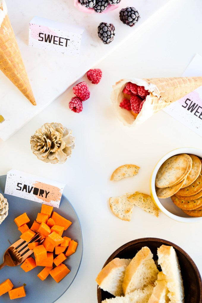 Printable Thanksgiving Watercolor Place Cards & Food Labels