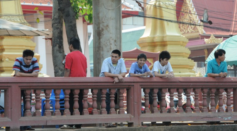 Enjoying the water activity in the Khlongs in Thonburi
