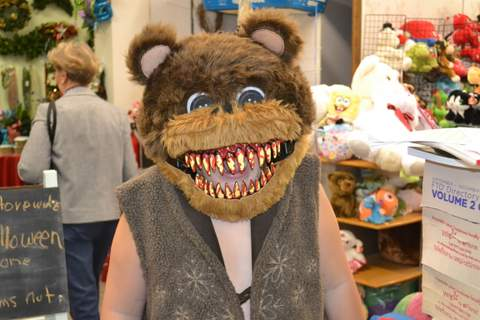 Hungry Bear @ Flower Boutique