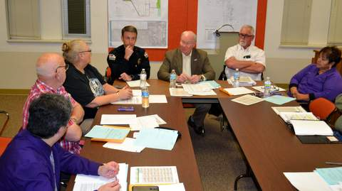 Council Discusses Homeless Issues
