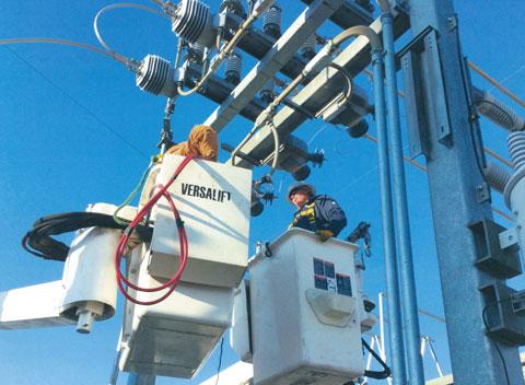 Light Plant Crews Track Down the Problem