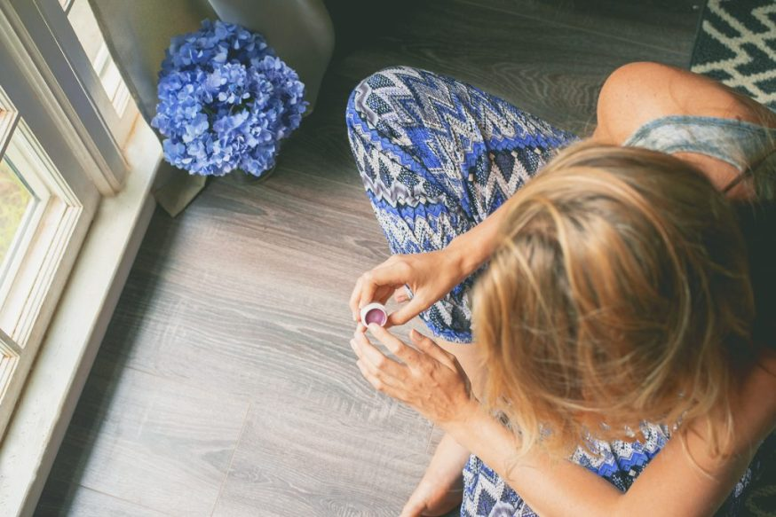 DIY Natural Lip Stain: beauty