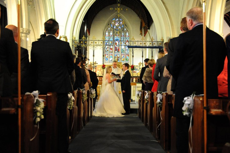 wed vows at aisle