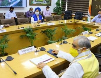केंद्र सरकार ने वेंटिलेटरों के निर्यात की अनुमति देने का निर्णय लिया