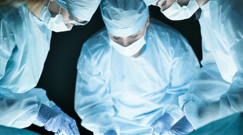 Hospital staff during an operation. Image: iStock