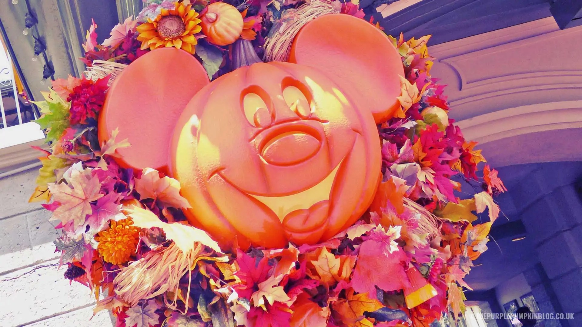 Pumpkin Mickey Wreath Desktop Background
