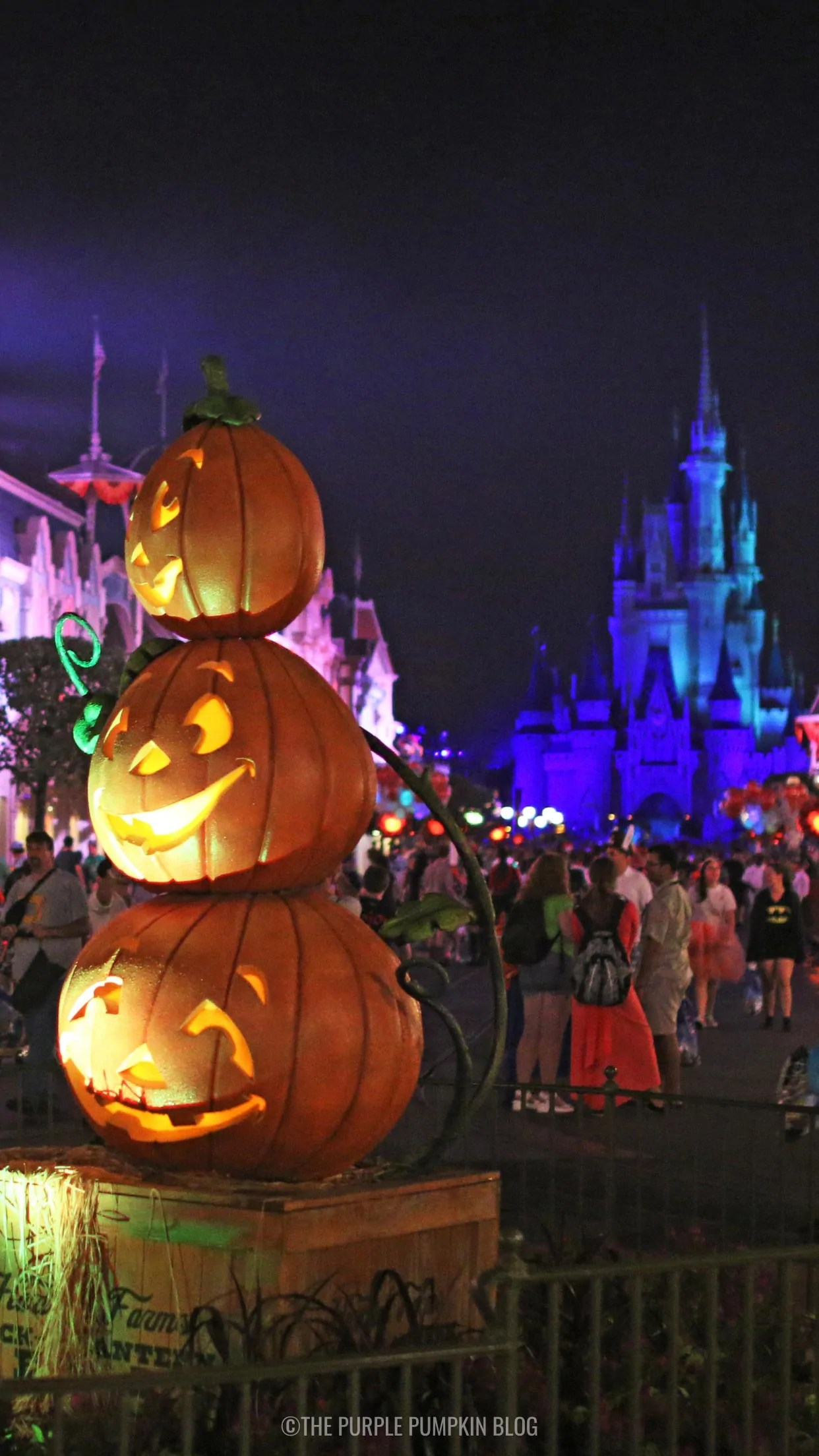 Awesome Disney World Halloween Iphone Wallpaper To Download