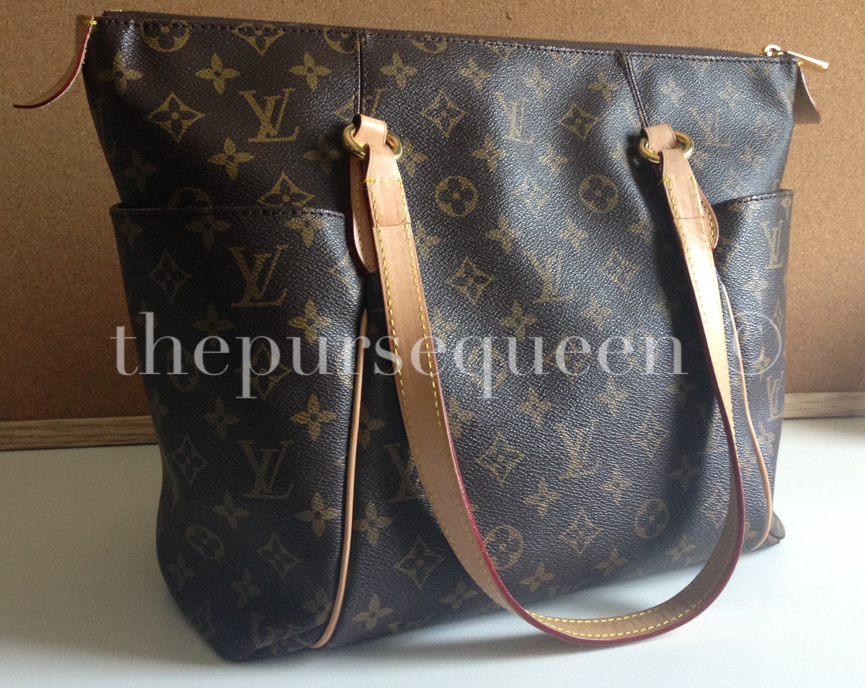 4842c505c47 Authenic vs Replica Louis Vuitton Purchasing Guide - Authentic ...