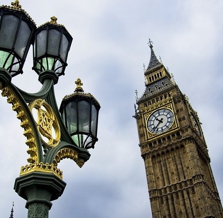 Elizabeth Tower (Big Ben) in London, used in 2D Fourier transform in Python article