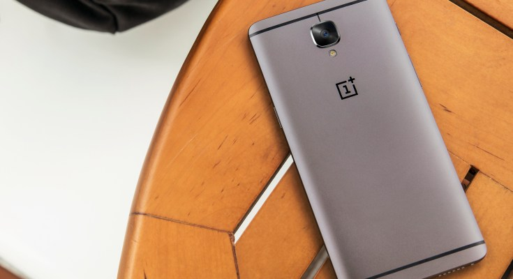 OnePlus3T_lifestyle _table