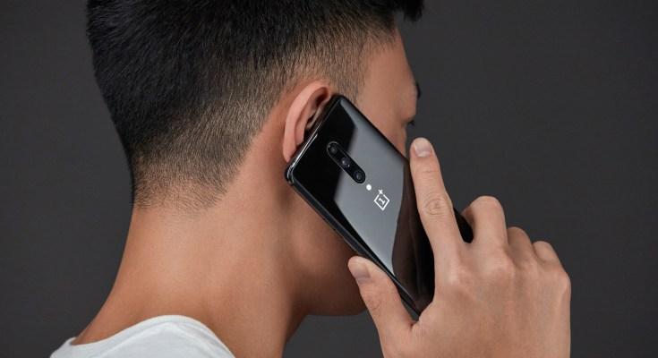 OnePlus 7 Pro Lifestyle Image
