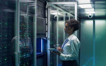 CBRE-Data centers
