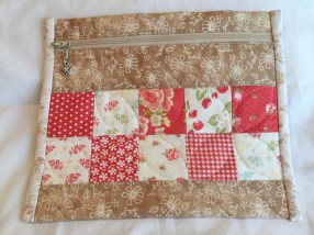 Pretty Little Pouches by Cottonway
