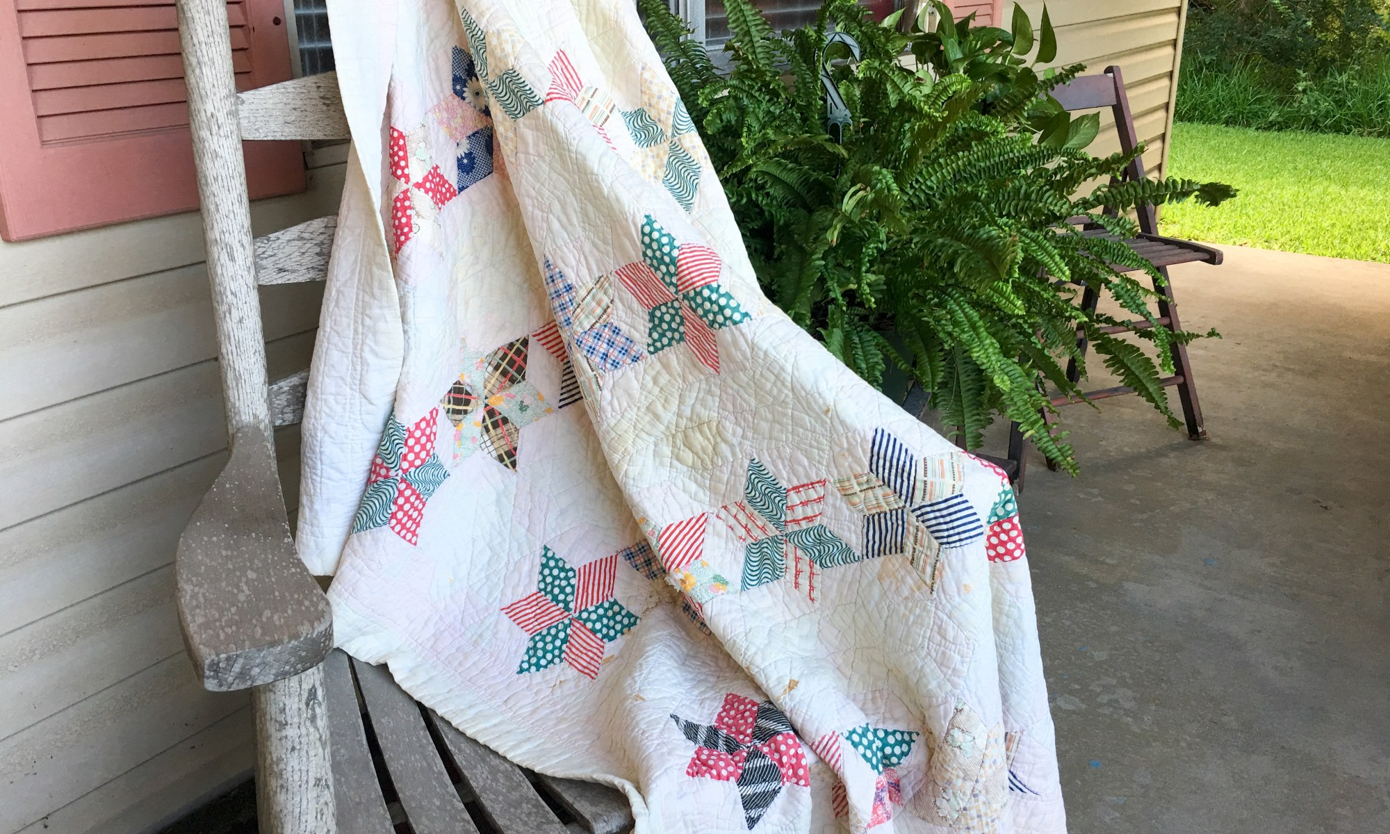 6 pointed star vintage baby quilt