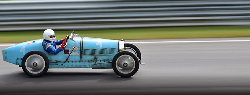 1925 bugatti t35 at the lime rock vintage festival 2018